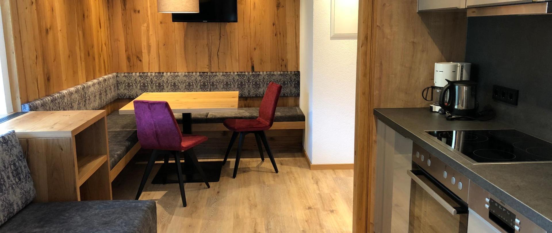 Küchenbereich_114_001.jpg