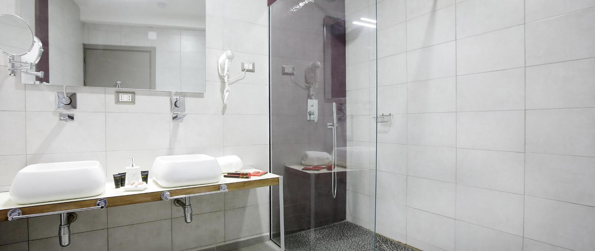 0081_Hotel La Villette Isoraka_17-10-13.jpg