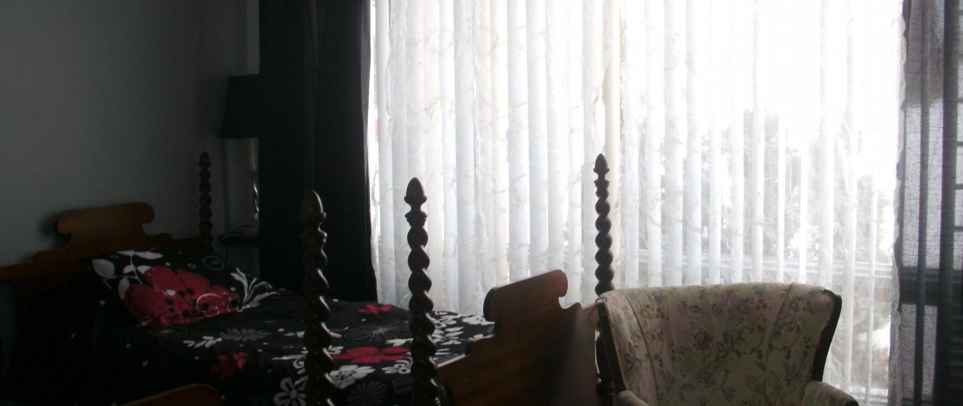 chambre 5 , 8 et 13 004.JPG