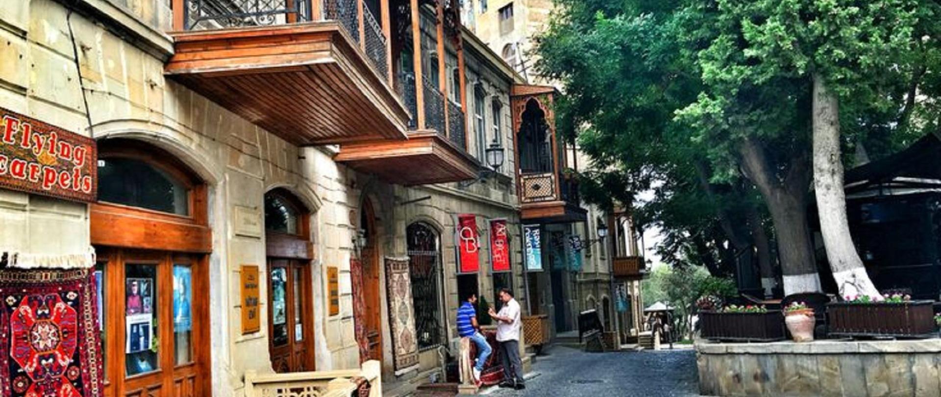 Old City Baku Hotel (1).jpg