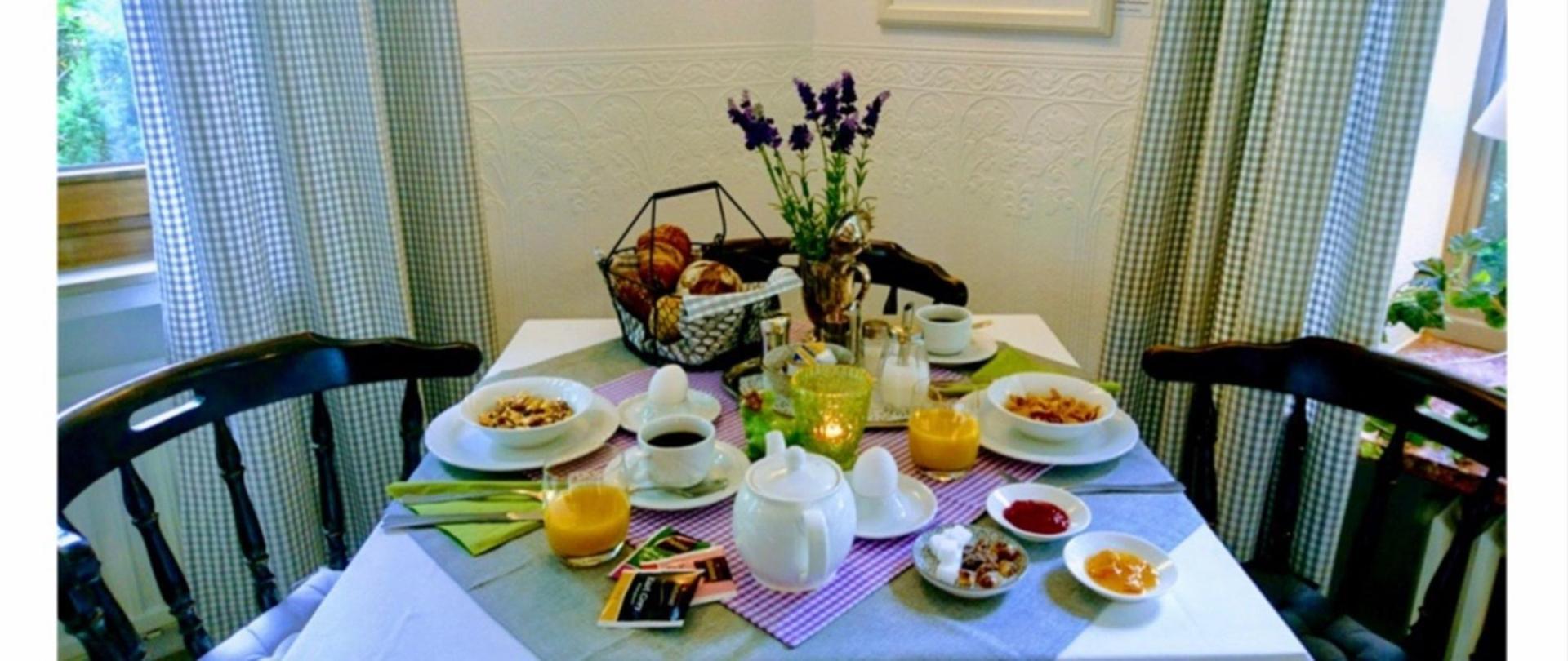 Frühstück4.jpg