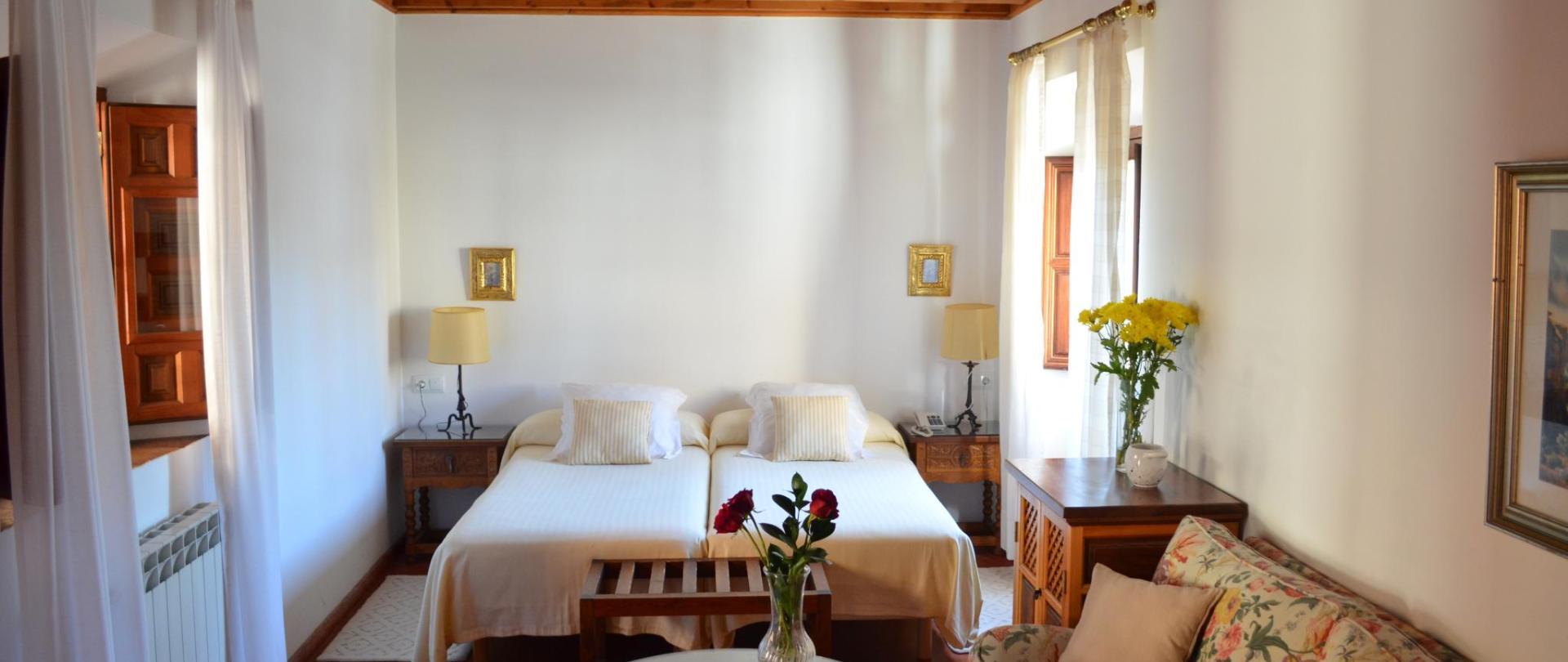 habitacion 6 - 2 camas.JPG