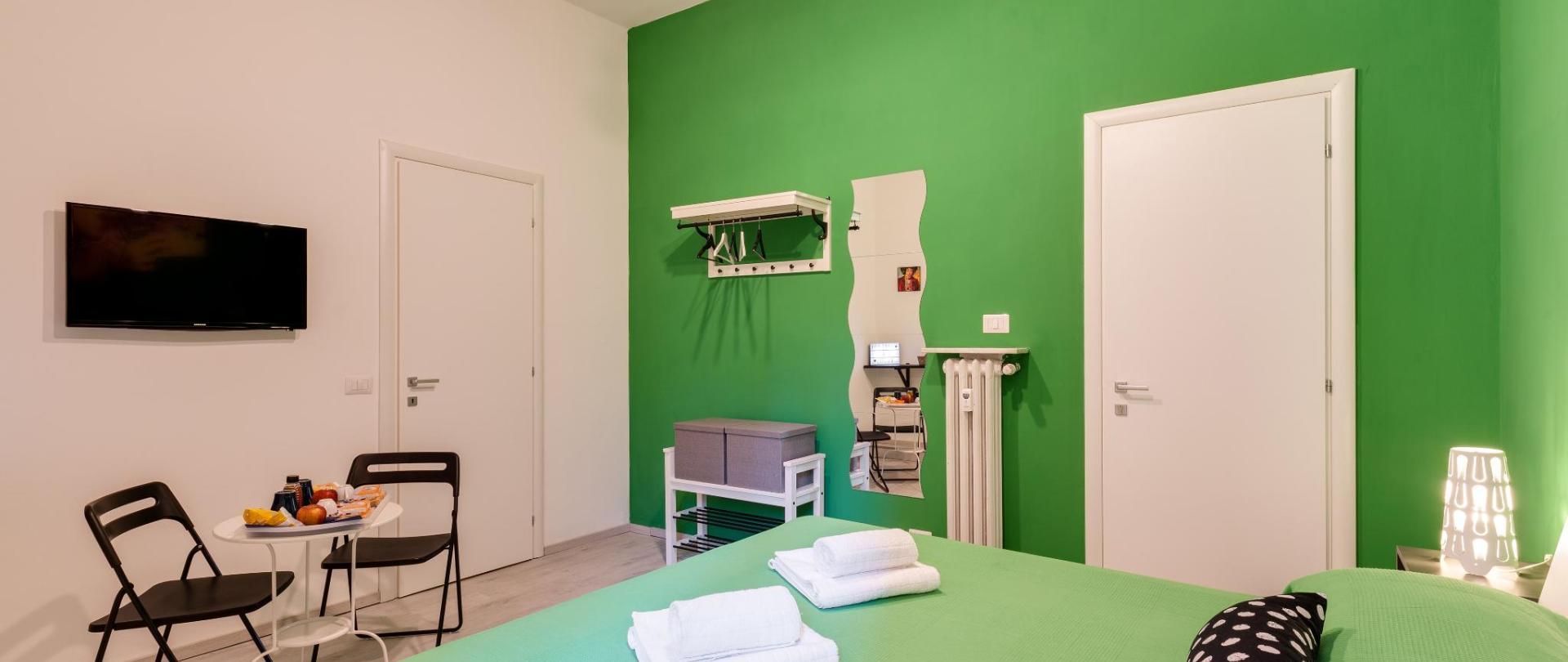 GREEN 5.jpg