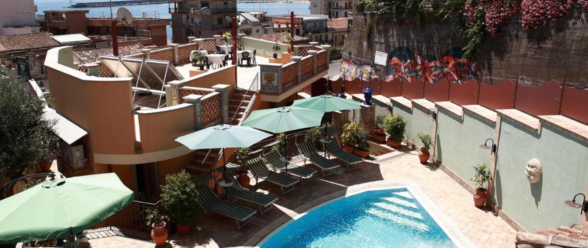Foto villa cristina giardini naxos italia - Villa cristina giardini naxos ...