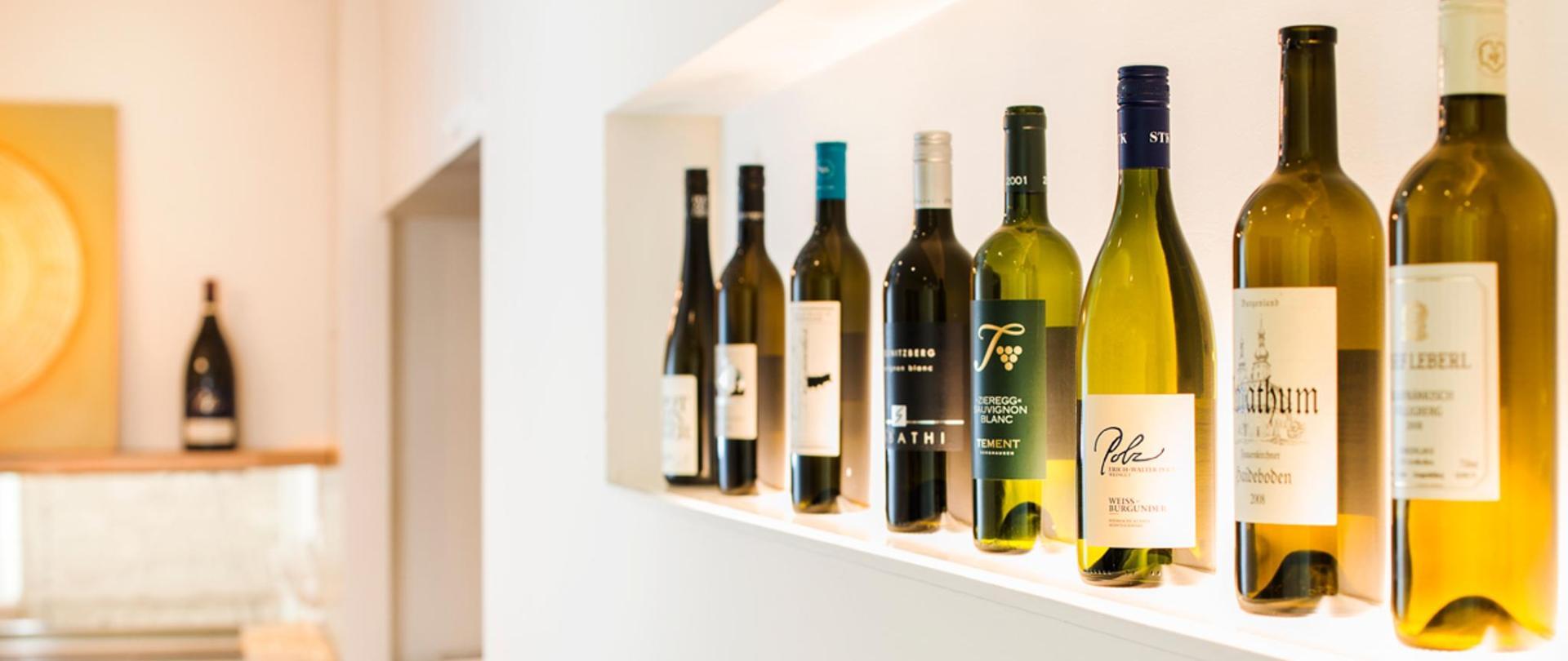 web-Römerstube-Wein.jpg