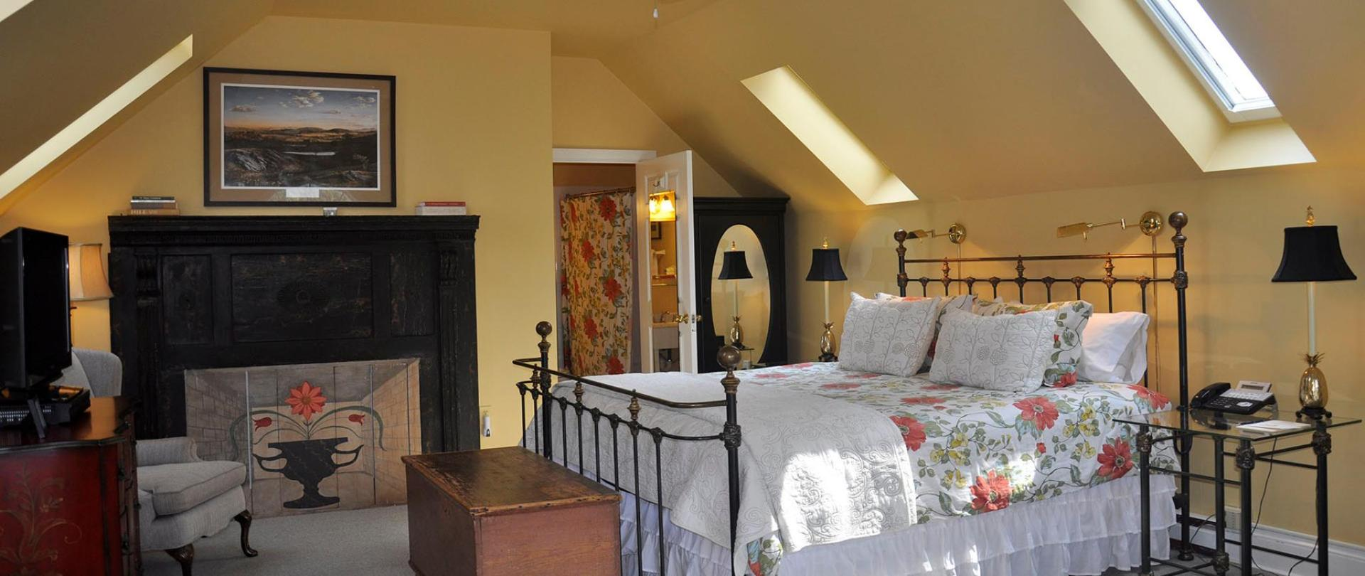 The Ashby Inn Fan Room Pic for Web.jpg