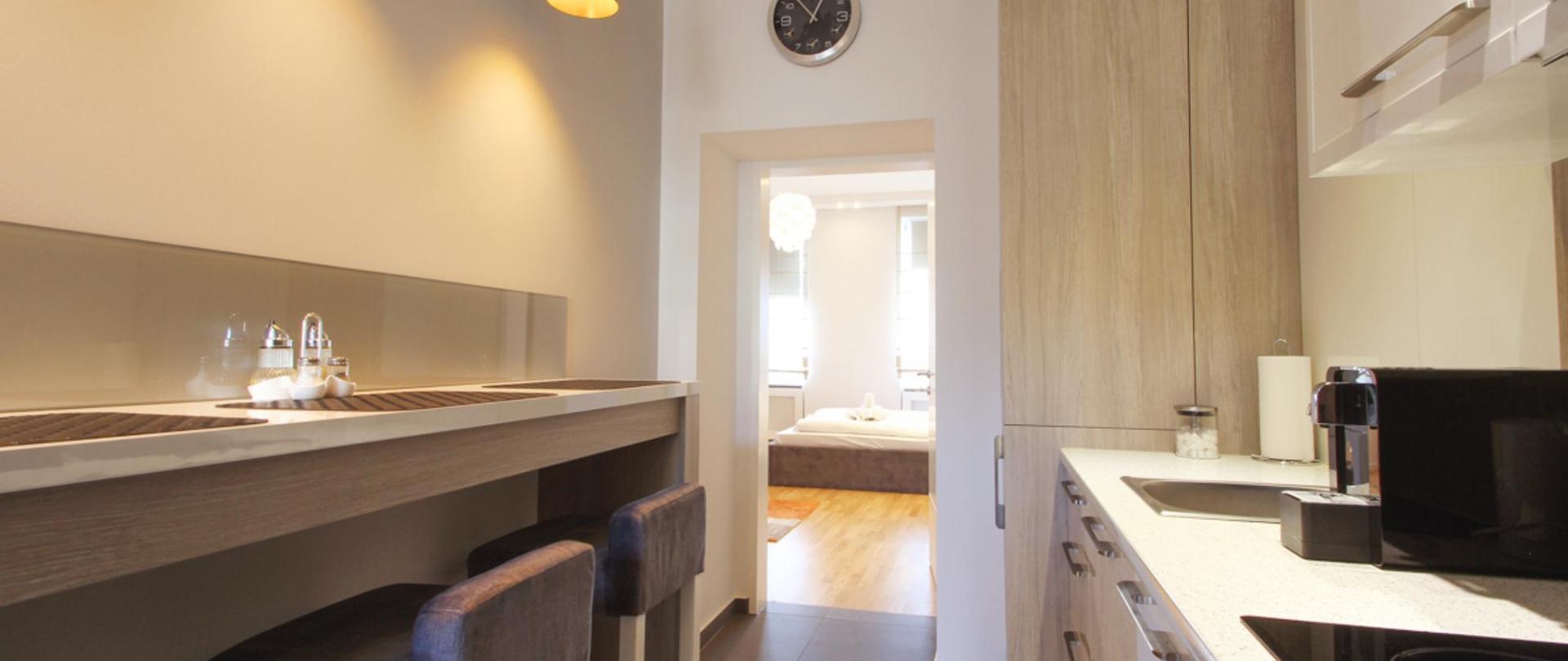 Comfort Apartment (23).jpg
