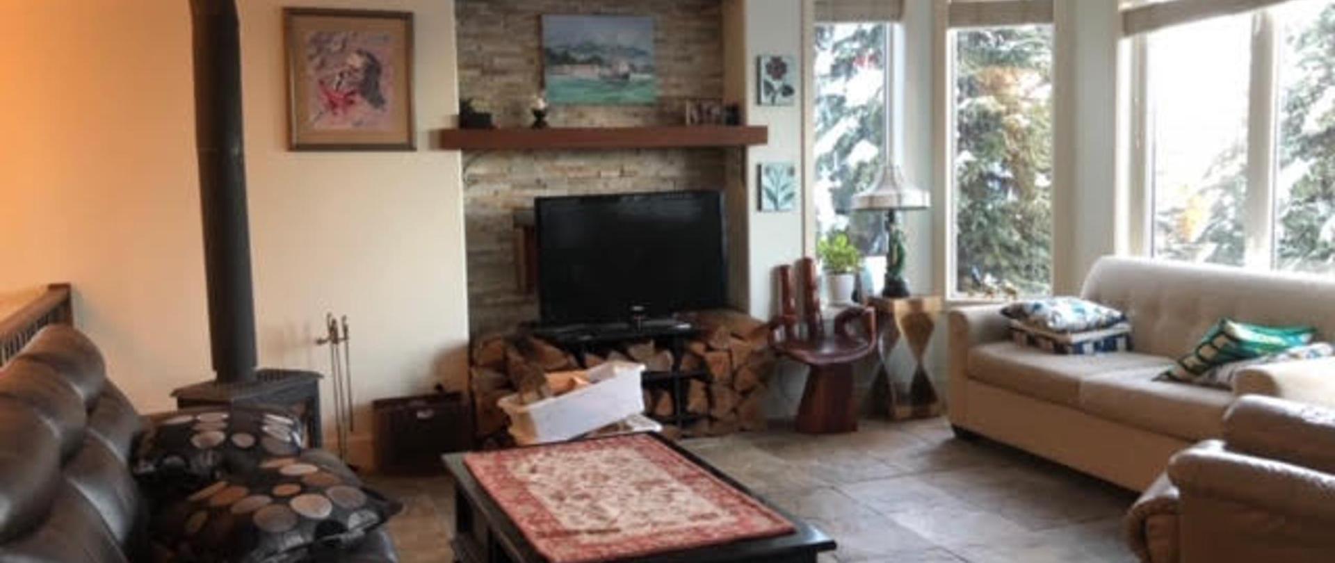 C - Living Room.jpg