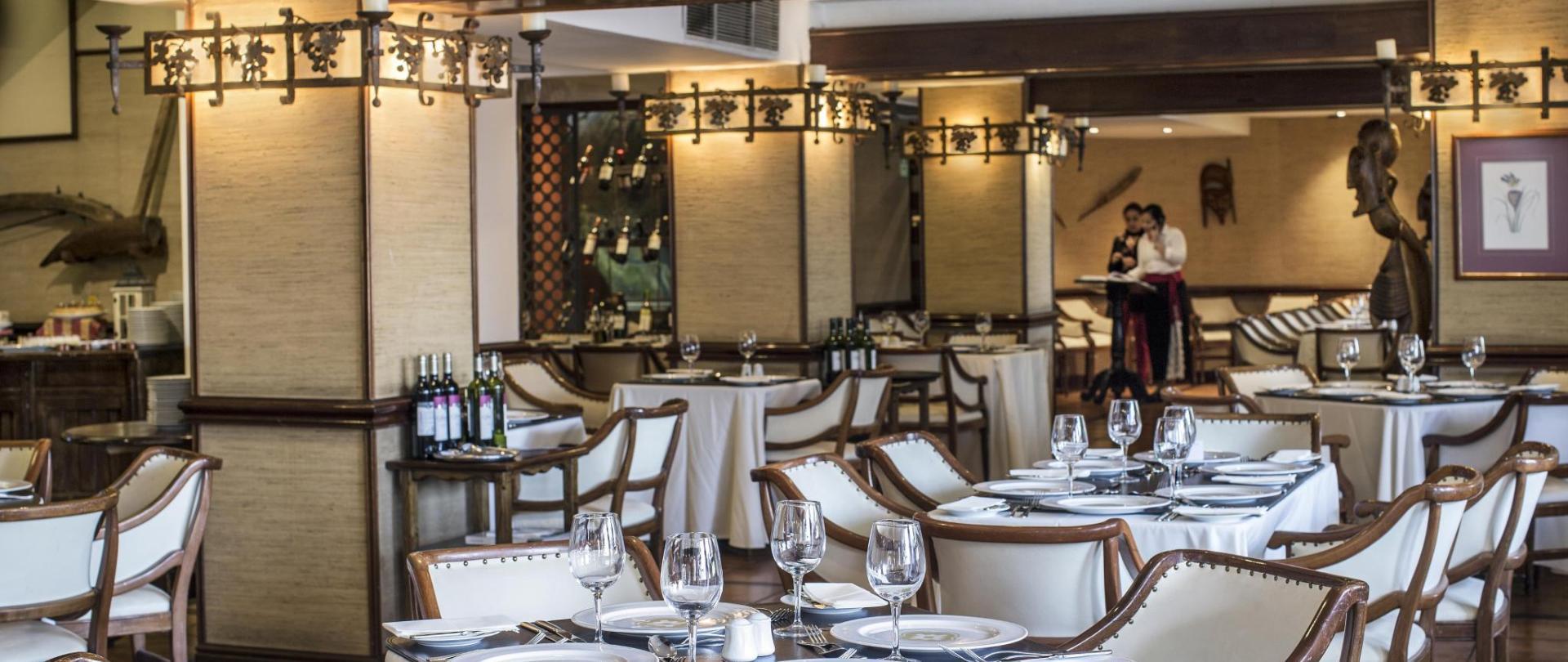 Restaurant Vichuquen.jpg