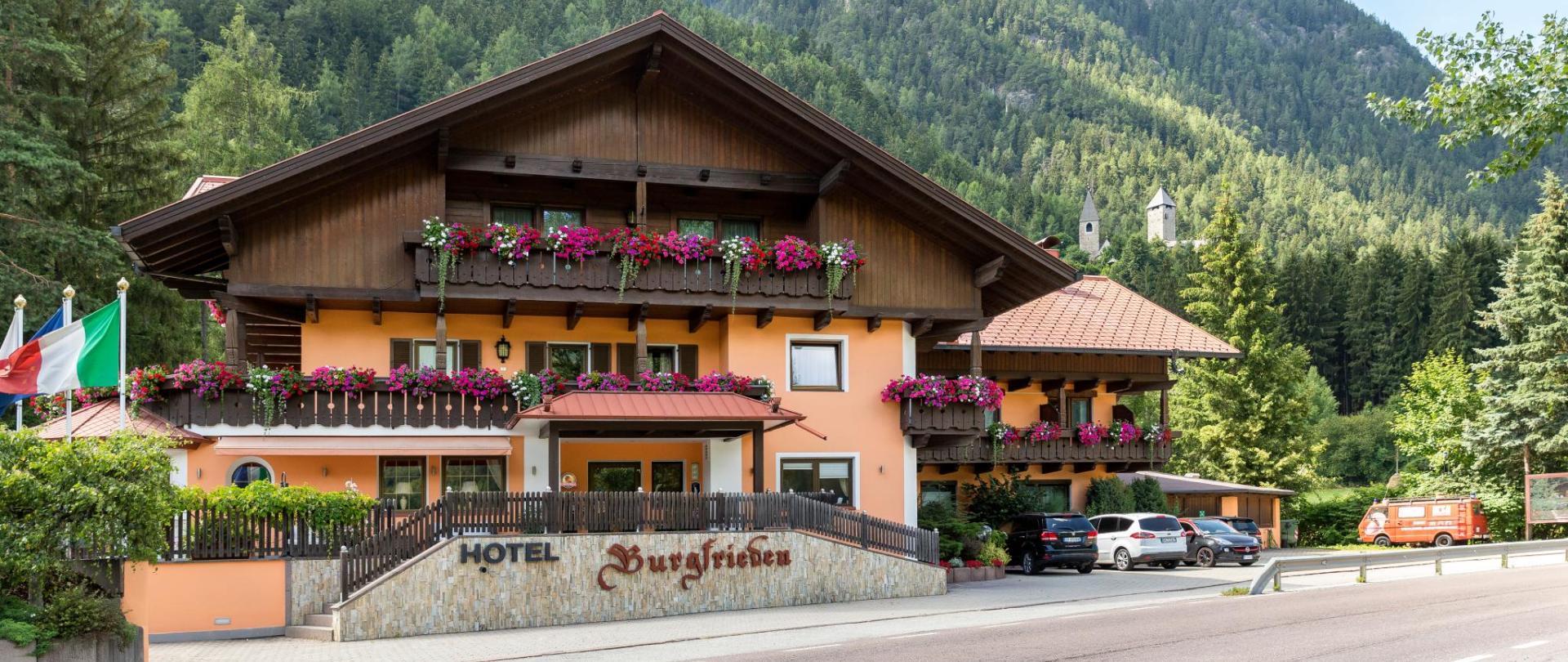 Hotel_Burgfrieden_EL_3.jpg