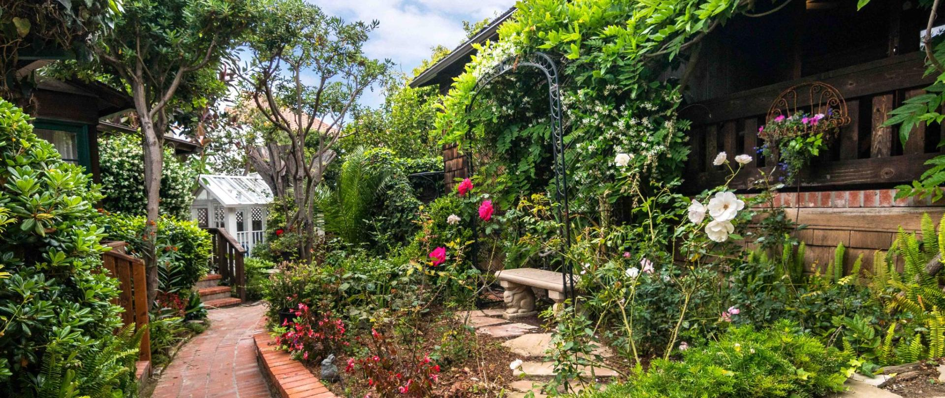 Garden Path 3.jpg