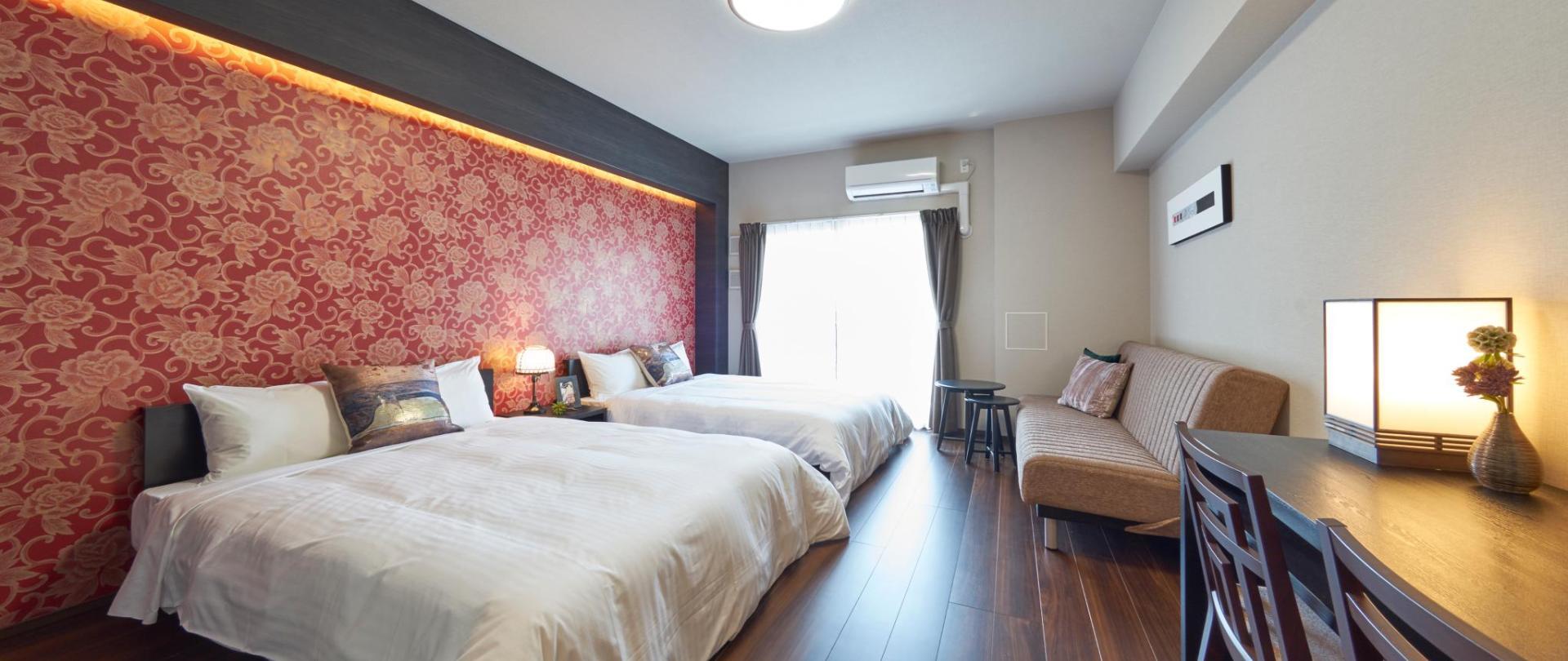 Luxury Room for 5 people(3).jpg