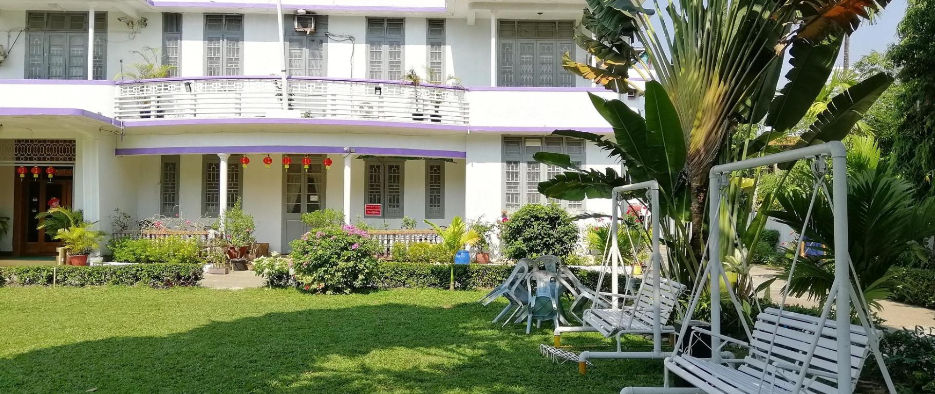 Hotel Garden.jpg