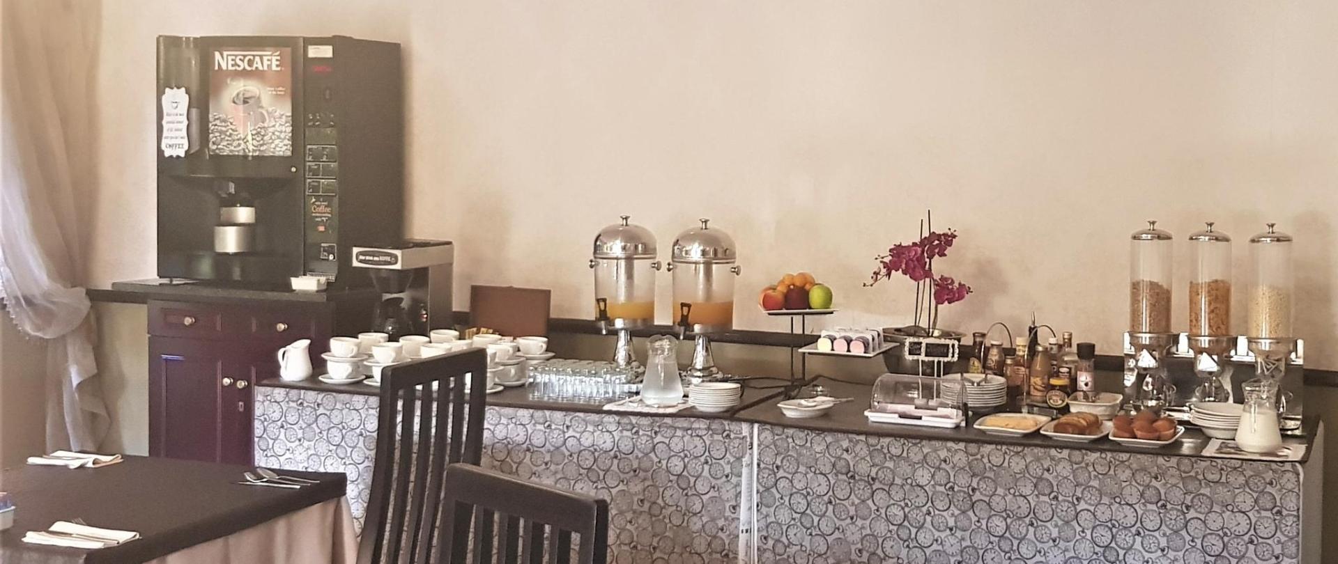 Breakfast at Constantia Manor (6).jpg