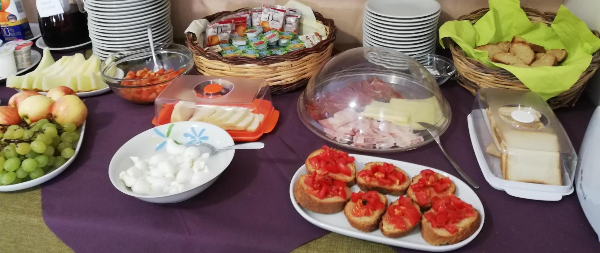 6 buffet colazione (4).jpg