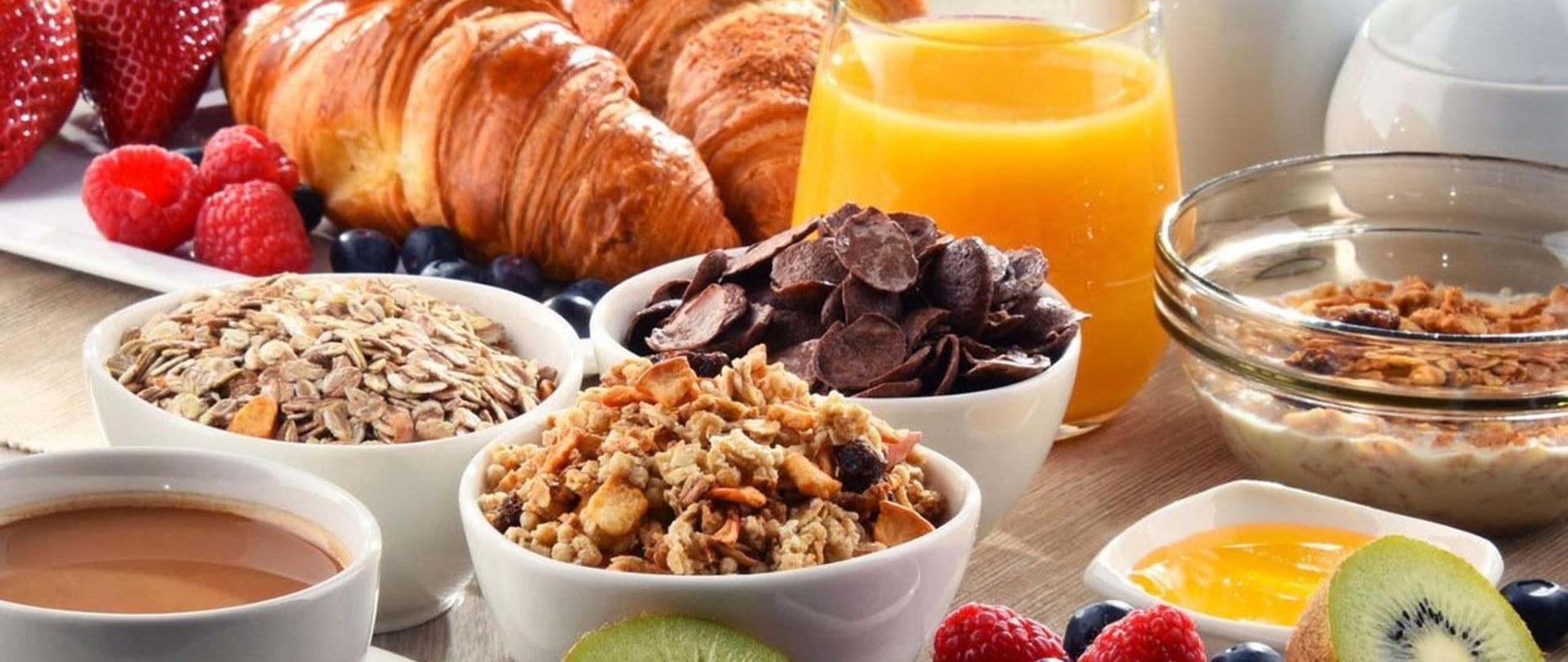 Petit-déjeuner-e1518475949909.jpg
