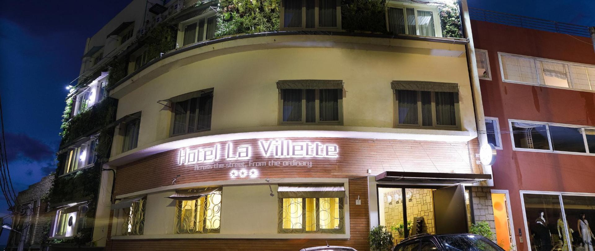 façade 2.jpg