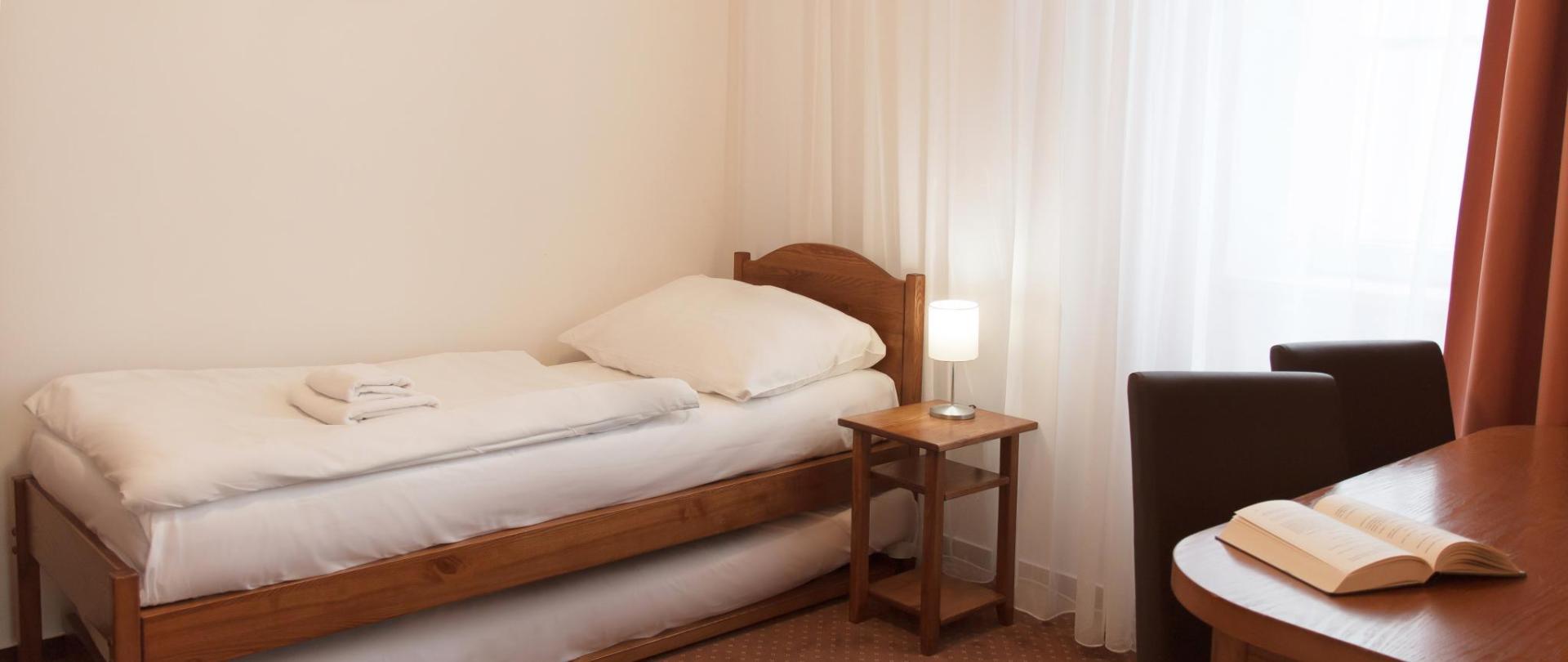 apartman pokoj nalevo postel 0372.jpg