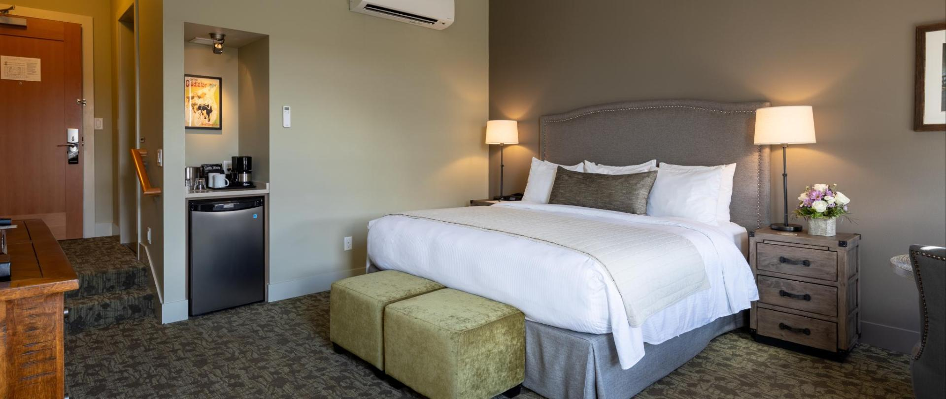 20190423 Room 22 1.jpg