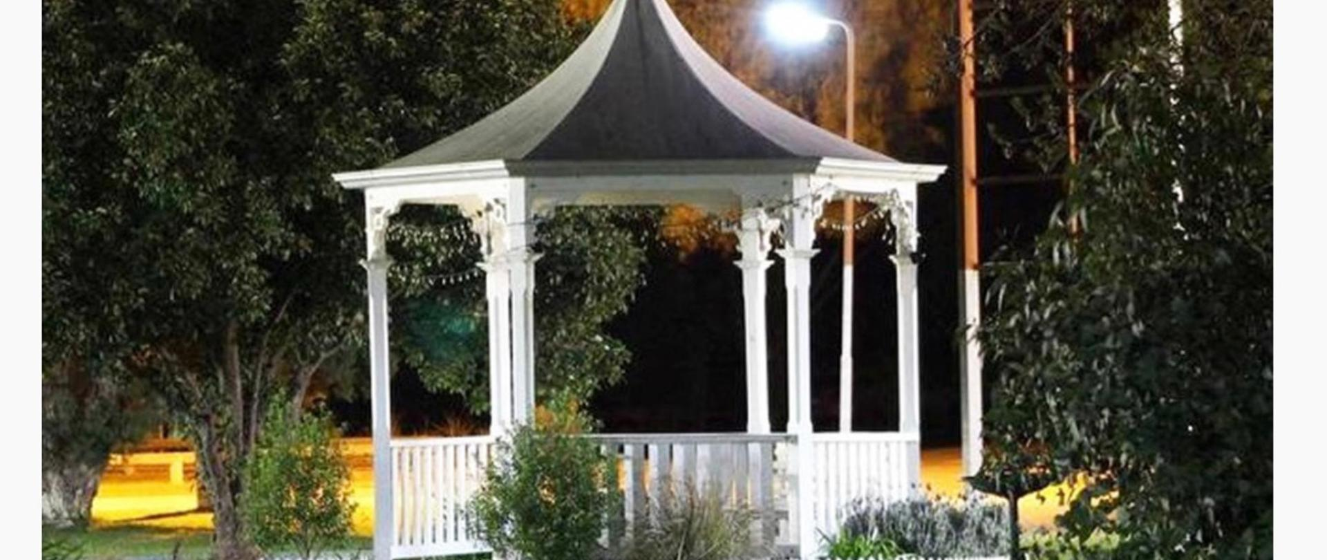 GAZEBO NIGHT PHOTO.jpg