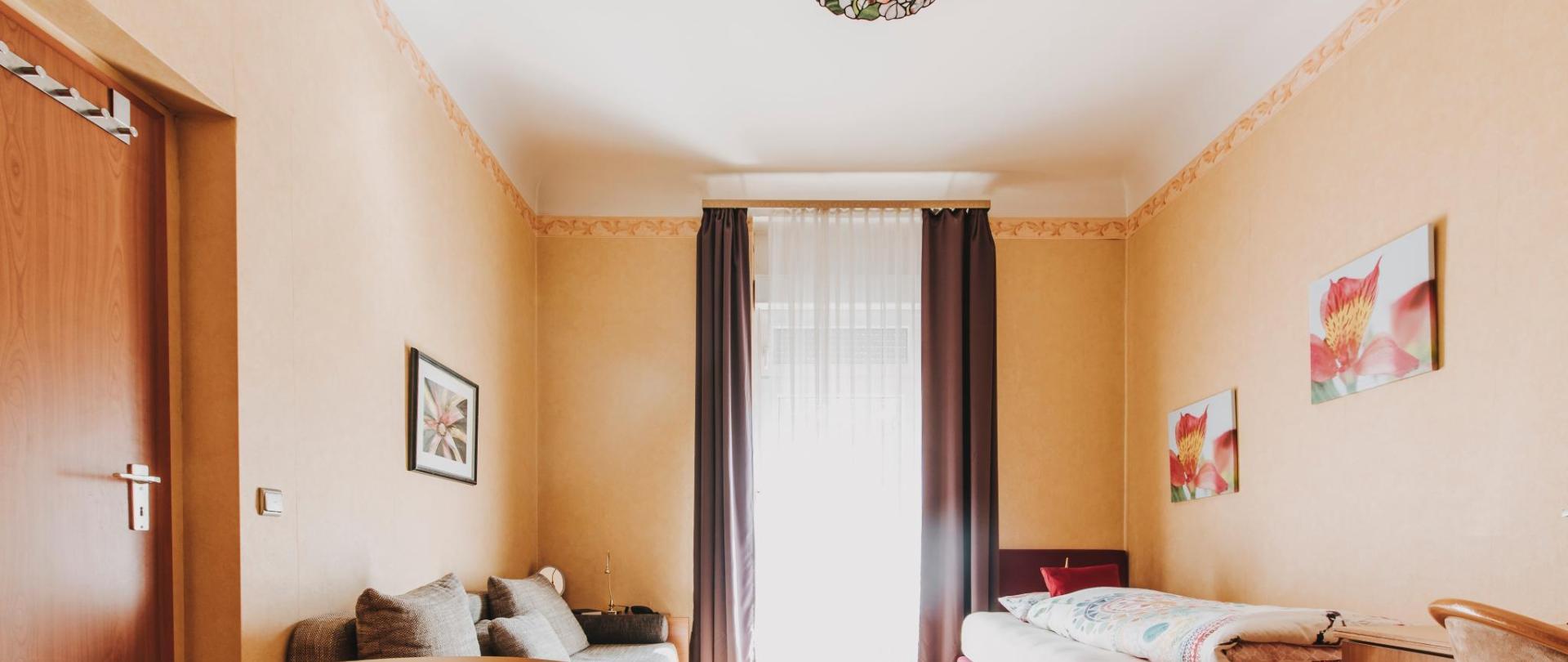 HotelBadNauheim270.jpg