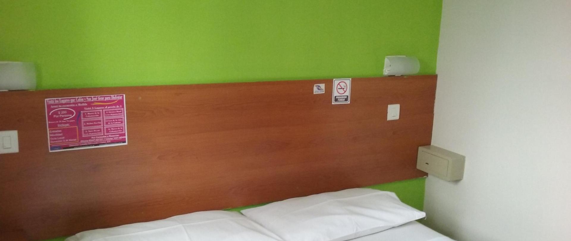 DBL Std 1 Hotel Queguay.jpg