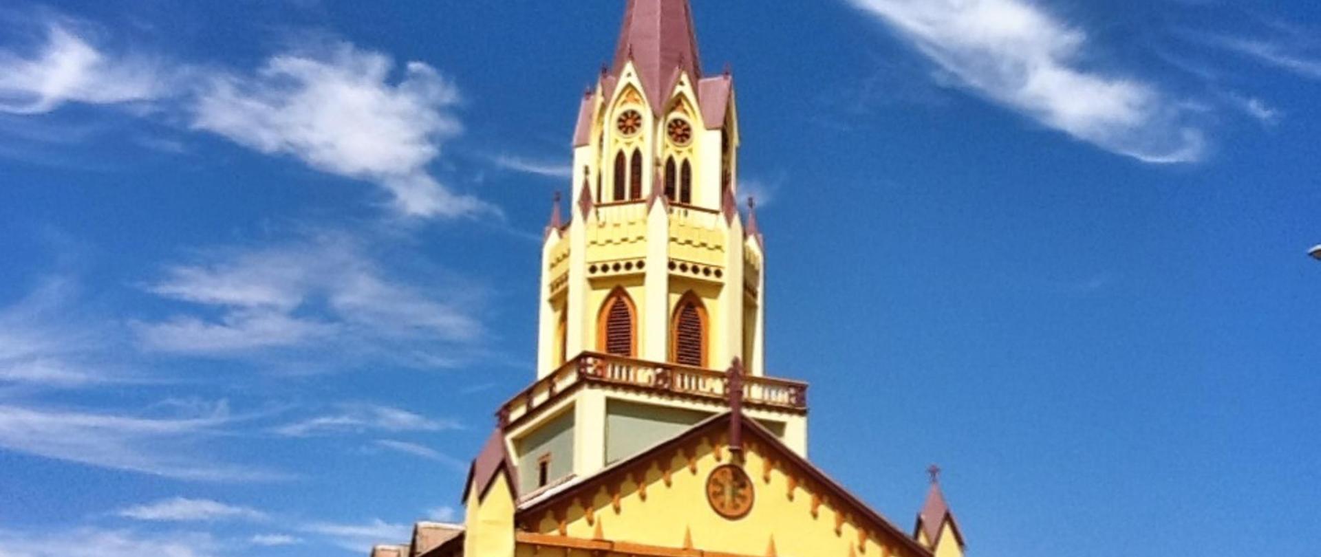 iglesia-san-vicente-de-paul-Caldera.JPG