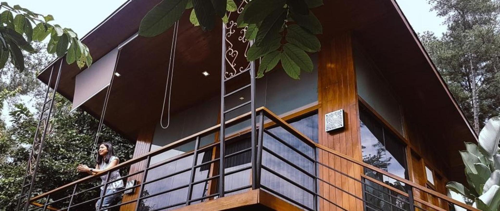 dagi abhinaya balcony.jpg