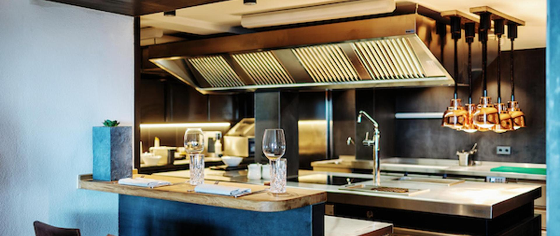 Küche small.jpg
