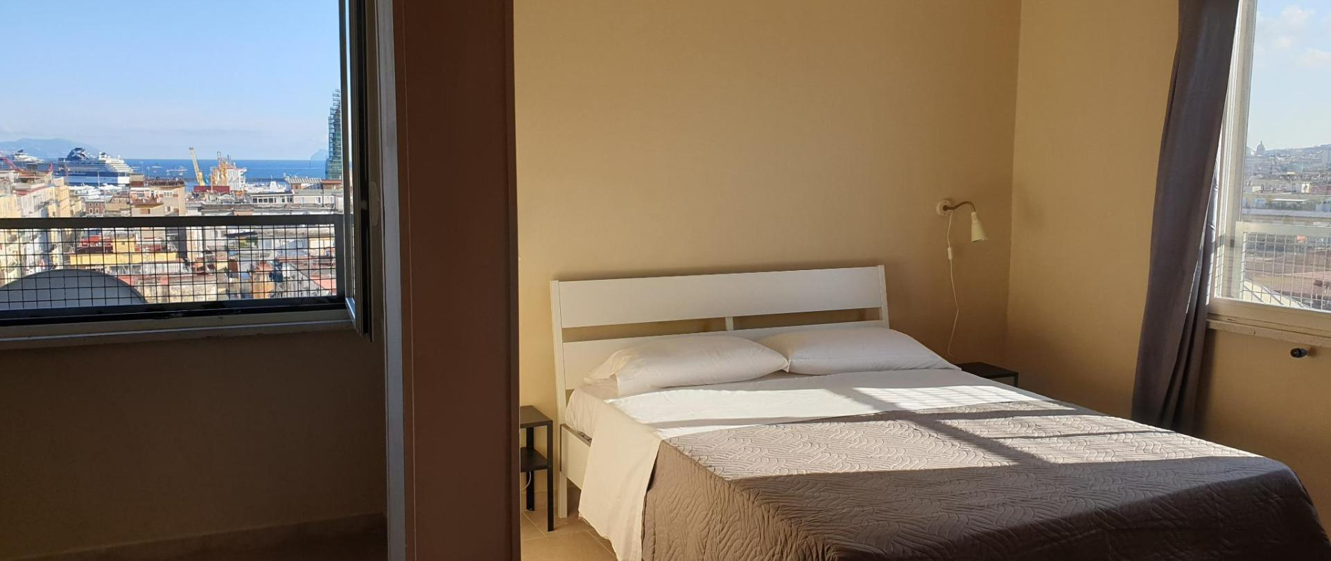 Departure Rooms Hostels Official Site Bed And Breakfasts In Naples