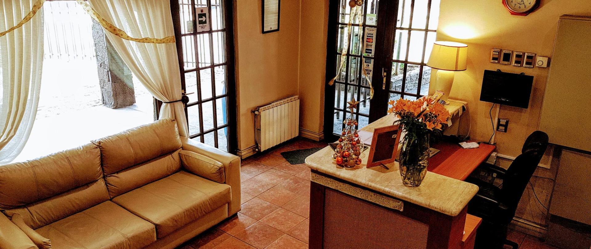 アパートホテルモンテピエドラ