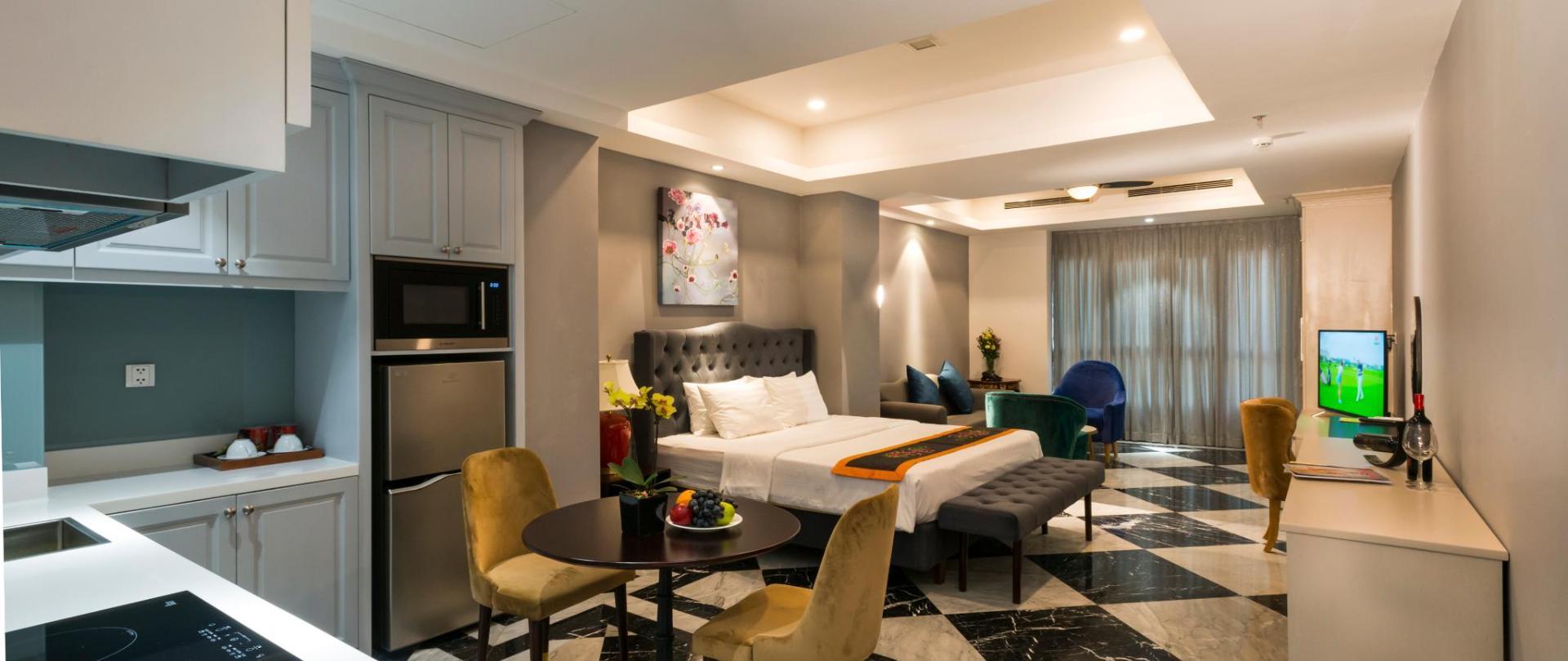 SAM Hotel DELUX AP .jpg