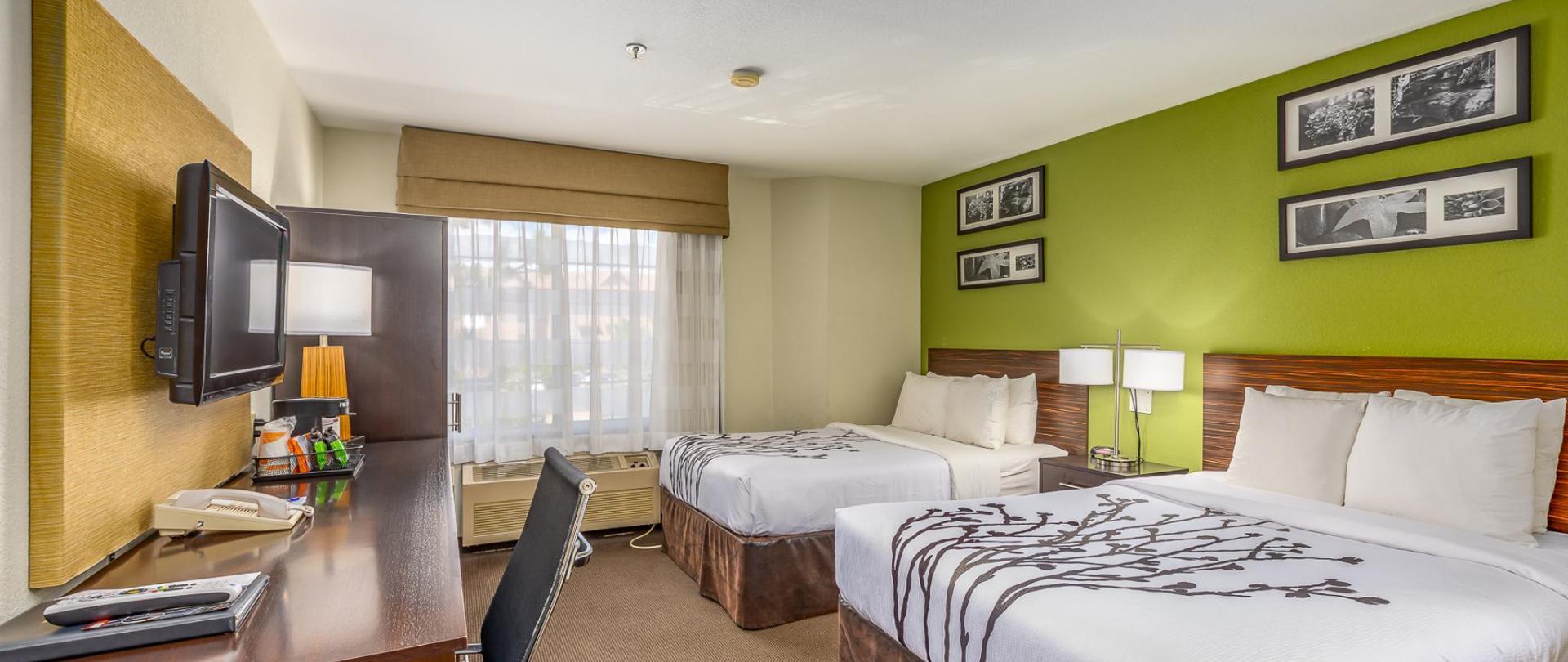 Room 240-1.jpg