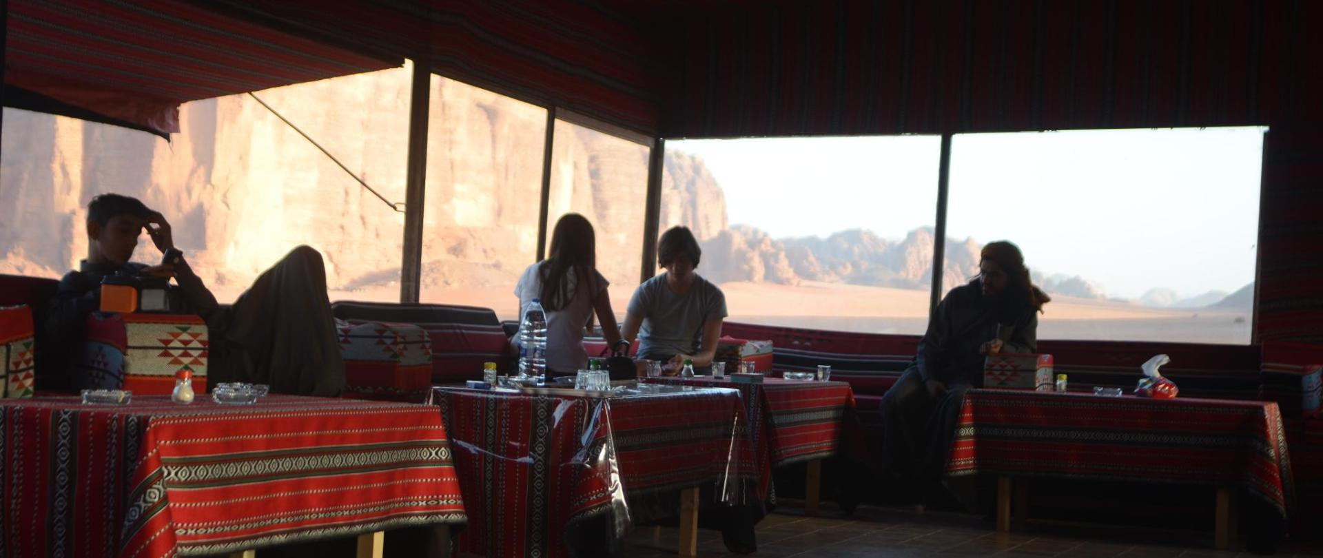Wadi Rum Camp& Jeep Tour