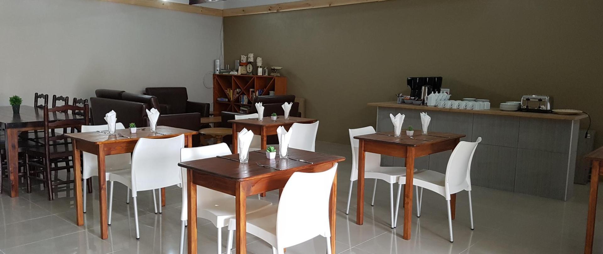 Azaria Guestrooms