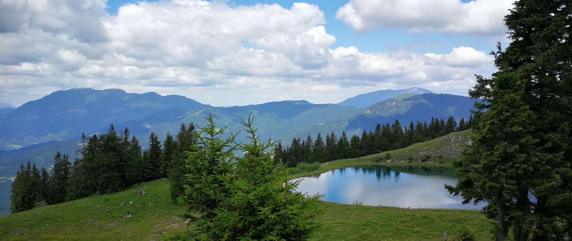 Jezero-Golte.jpg