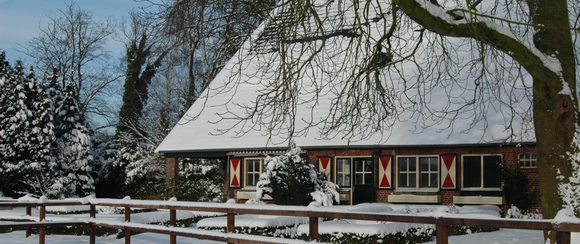 sneeuw boerderij 005.JPG