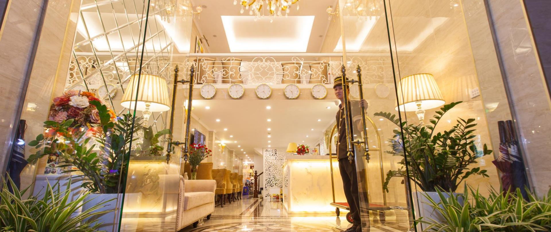 Hanoi Diamond King Hotel