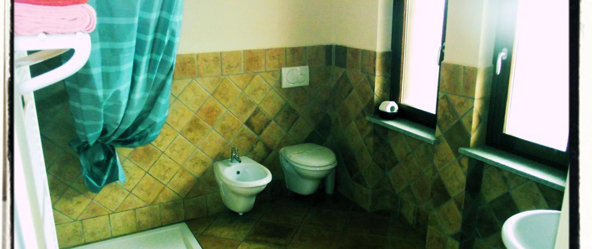 camera_rossa (bagno).jpg