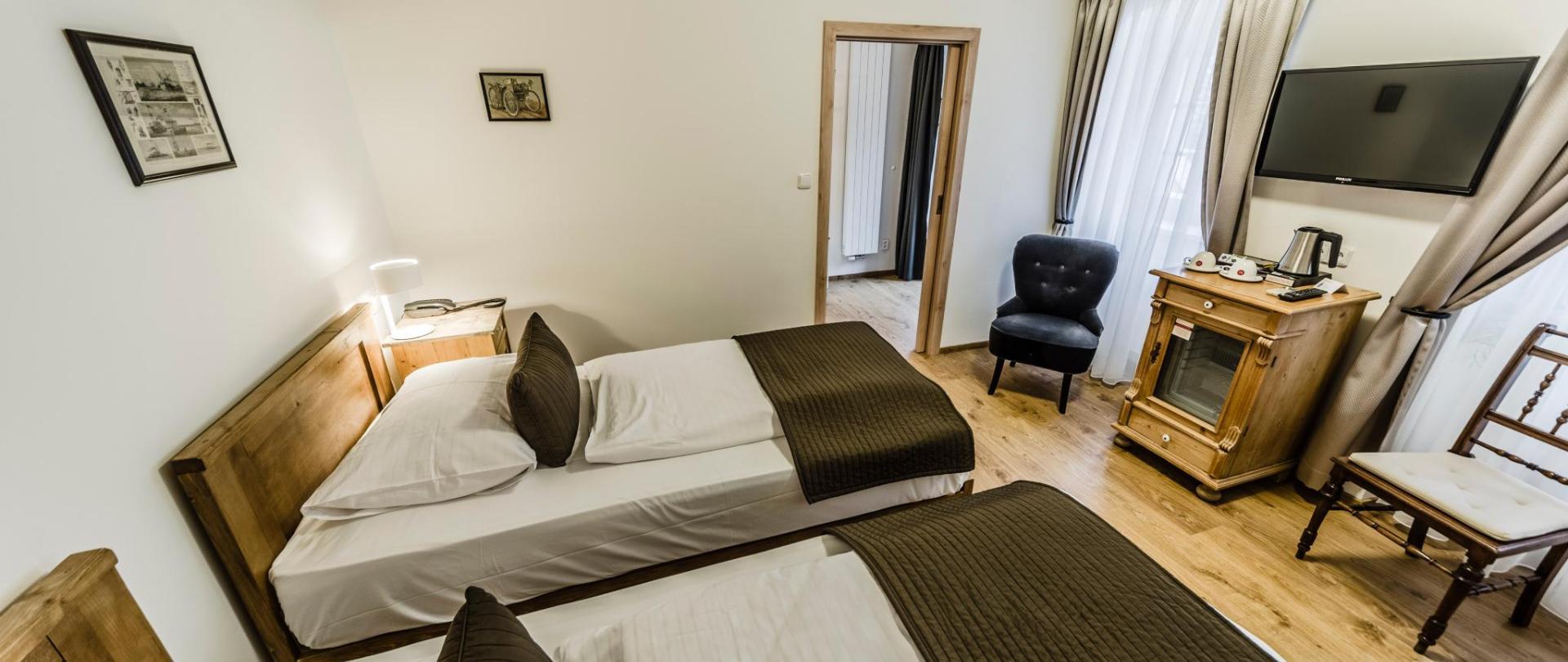 Dvoulůžkový pokoj_oddělené postele_2.jpg