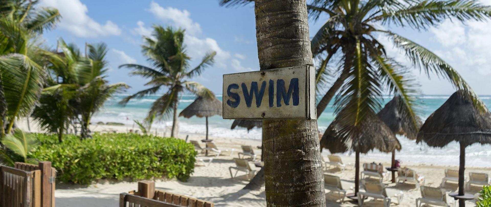 spiaggia new scritta.jpg