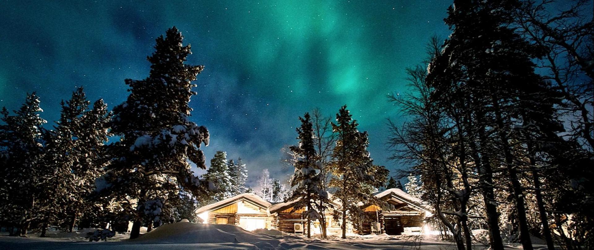 Polar Aurora Cabins_DSC8998.jpg