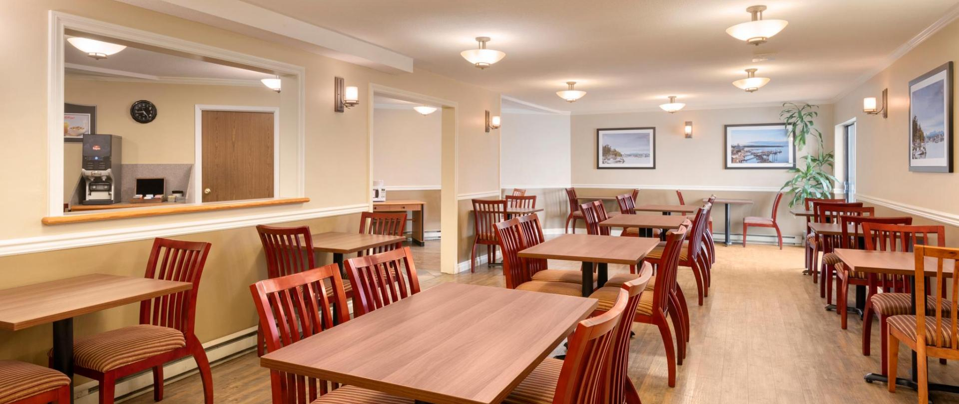 Days Inn Nanaimo - Breakfast Area - 1446694.jpg