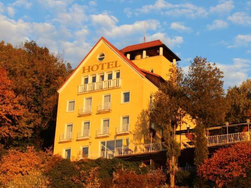 hotelansicht-1.jpg