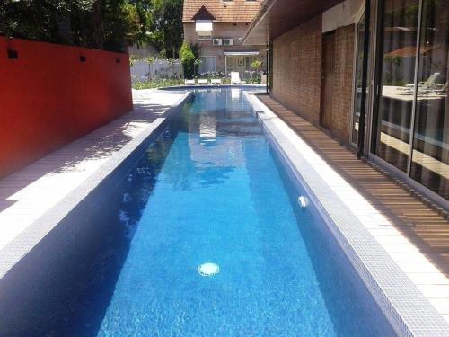 piscina-descubierta-1.jpg