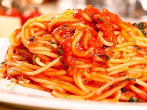 spaghetti-napolitana.jpg
