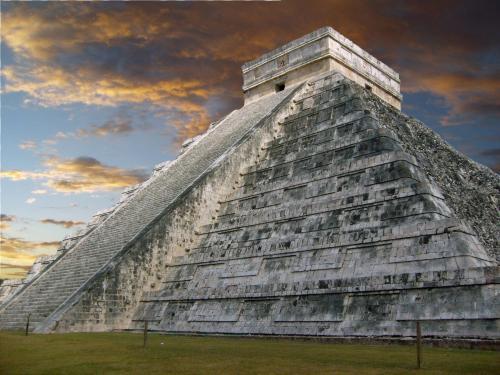 Chichen Itza & the Pyramid of Kukulcan