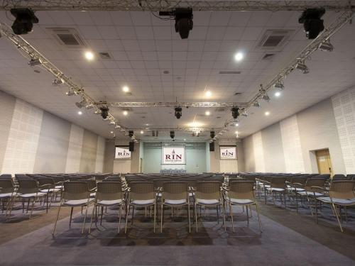 Conference Rooms & Exhibition Center