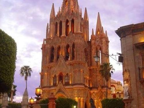 Looking back in time in San Miguel de Allende