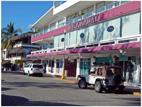 Rockaway Shopping Plaza